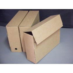 Boîte en carton dur avec...